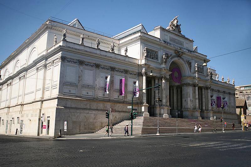 Esposizione dolce vita dal liberty al design italiano for Mostra palazzo delle esposizioni